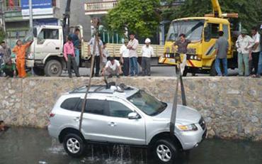 Cứu hộ giao thông ở Giải Phóng